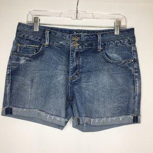 Amethyst 11 embroidered raw hem jean shorts